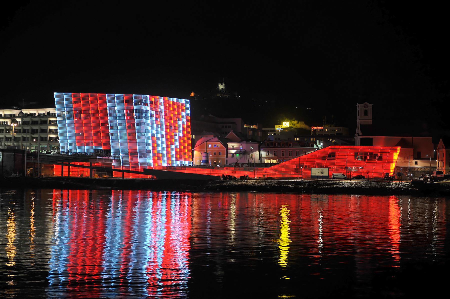 Linz bei Nacht