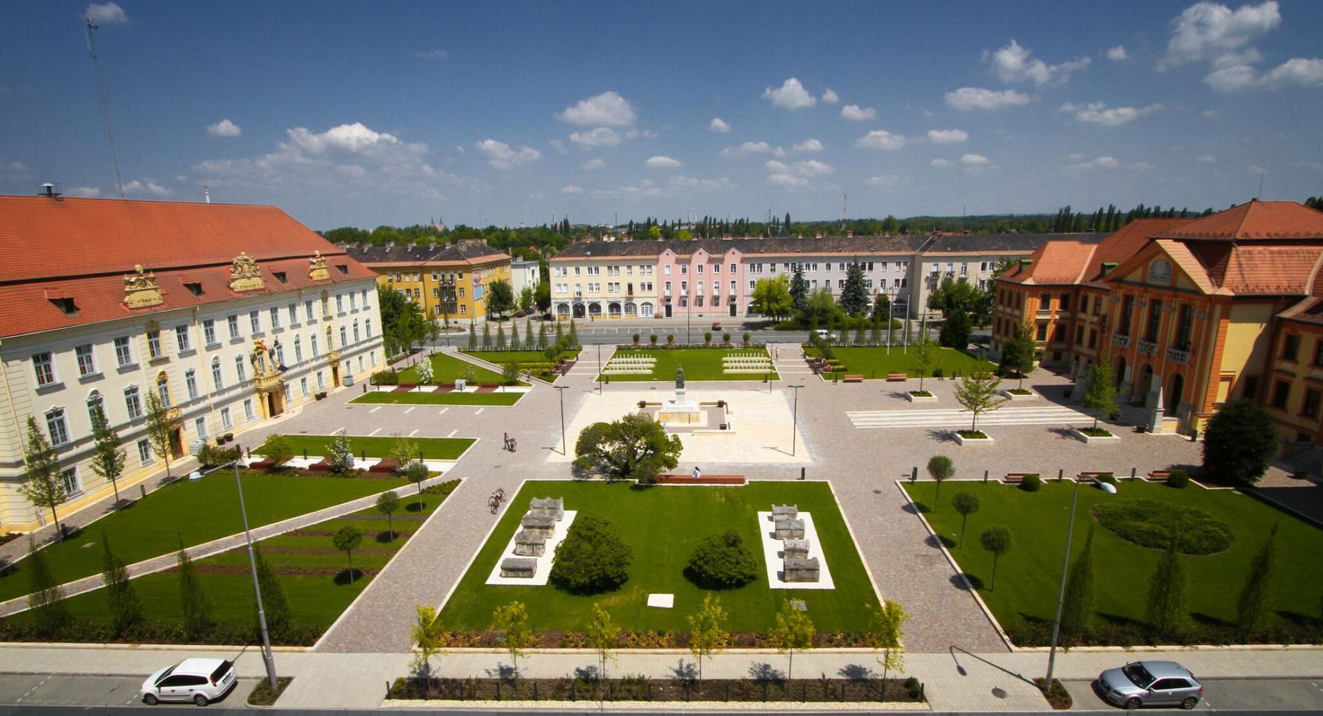 Komarno Hauptplatz