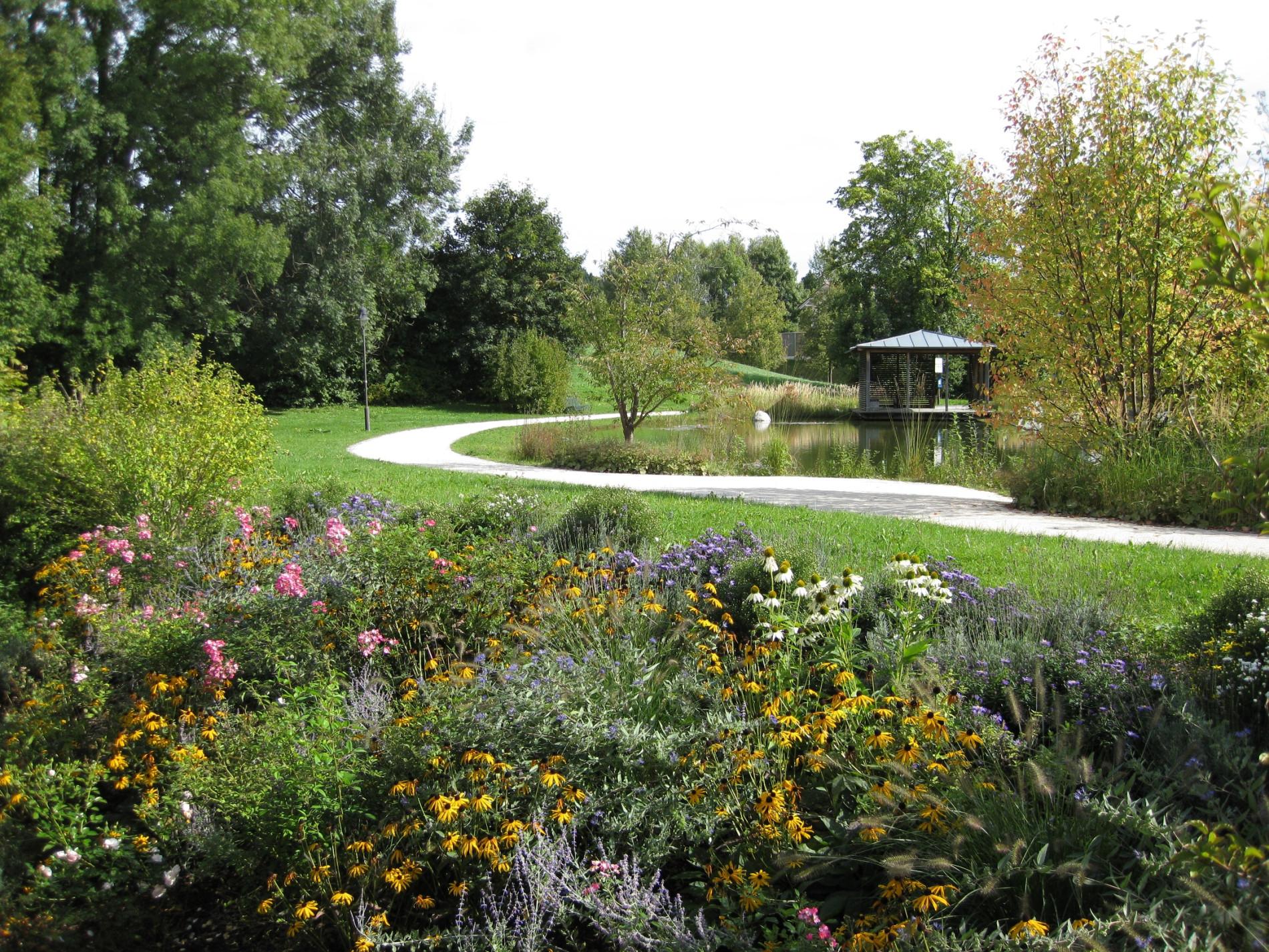 Garten mit Teich in Bad Endorf
