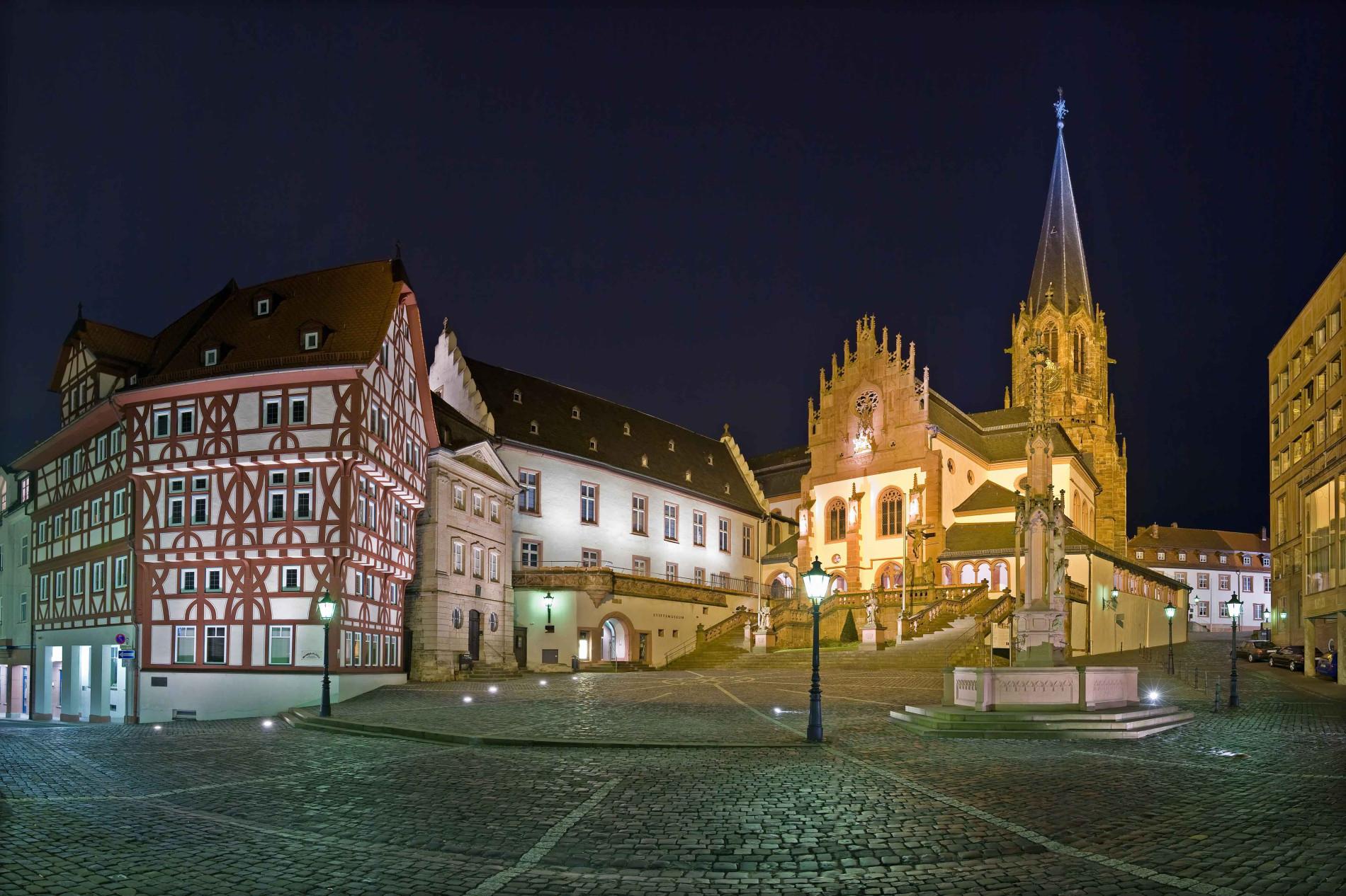 Aschaffenburg Stiftplatz