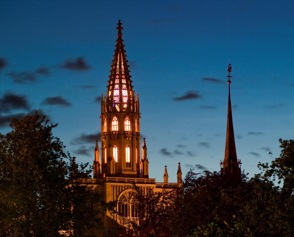 Konstanz Münster abends